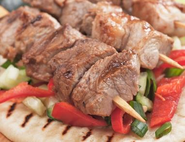griechische Fleischspieße