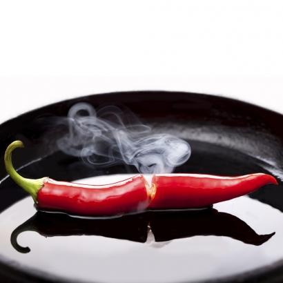 Bio Chiliöl für scharfes Anbraten