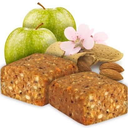 Sportriegel mit viel Apfel und Mandeln