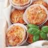 Herzhafte Muffins mit Schafskäse und Chili