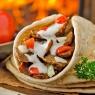 Pitabrot gefüllt mit Fleisch