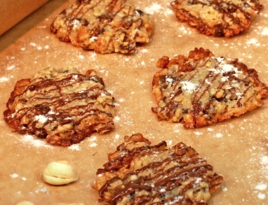 Haferflocken Florentiner sind super leckere Weihnachtsplätzchen mit Nüssen