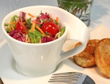 Gartensalat mit Hanföldressing