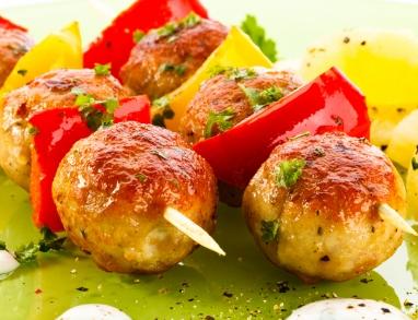 Geflügel-Paprika-Spieße