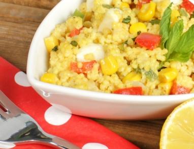 Hirsesalat mit erfrischendem Zitronenöl-Dressing perfekt auch zum Grillen