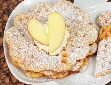 Hirsewaffeln für ein leckeres Dessert oder als süße Hauptspeise